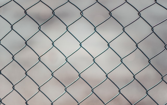 chain-linked-fence-683402