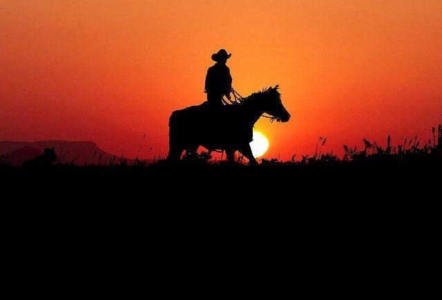 sunset-4469118_640